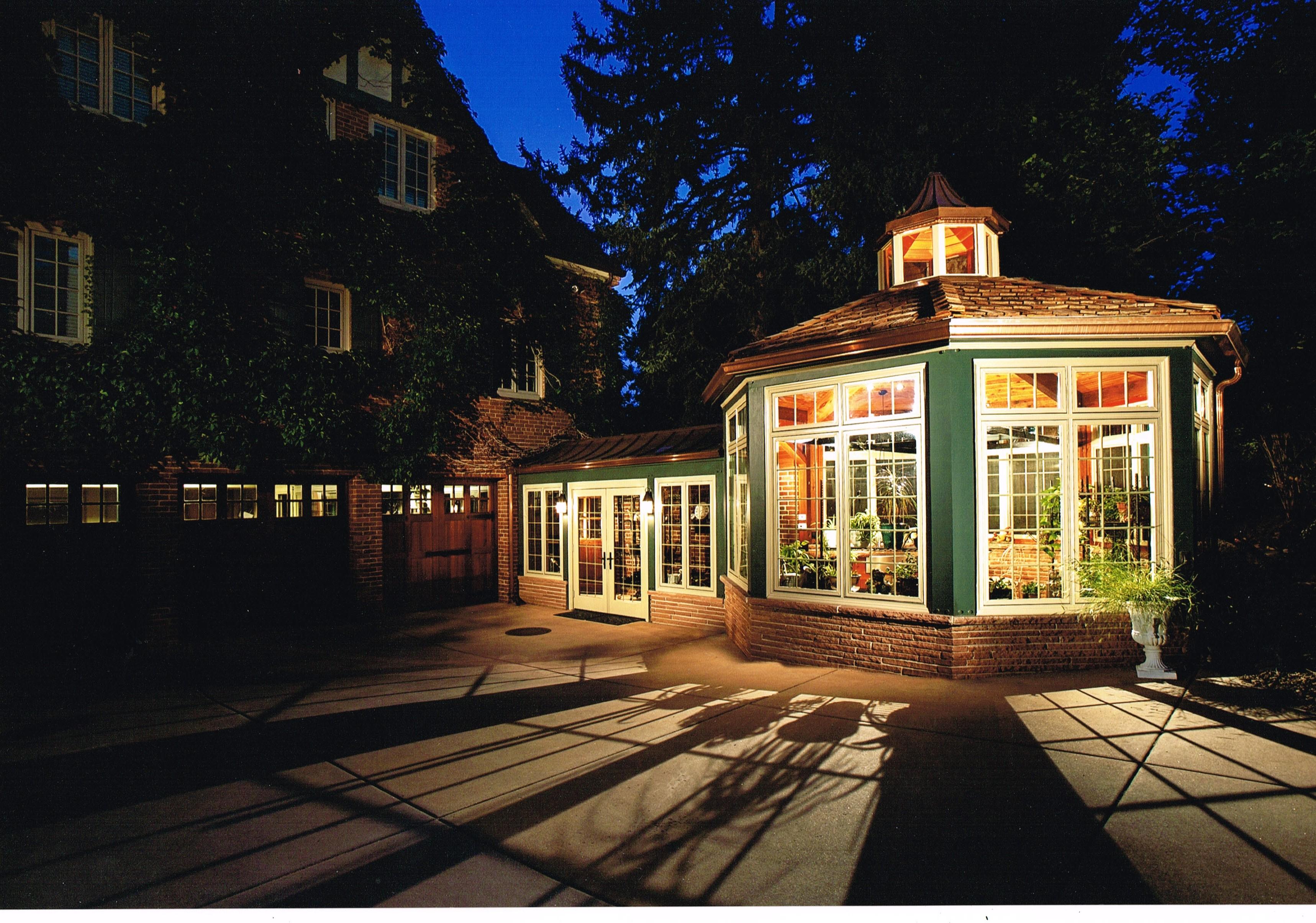 Deevy Conservatory